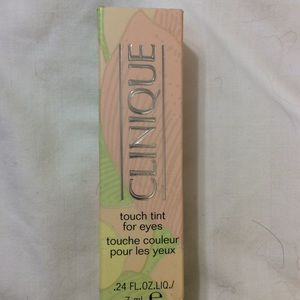 Touch tint for eyes